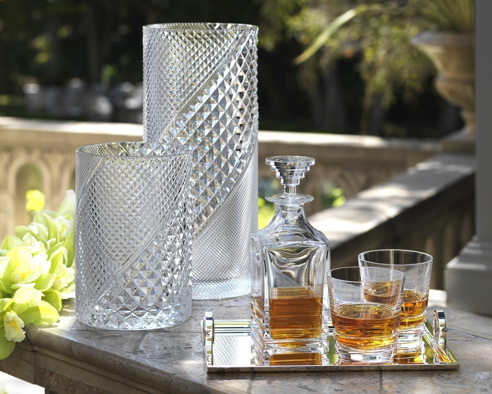 Crystal vases DIAMANTIC, decanter and glasses OXYMORE.